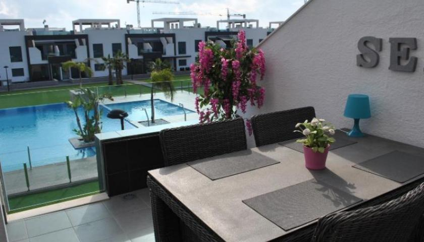 appartement te huur in oasis beach la zenia