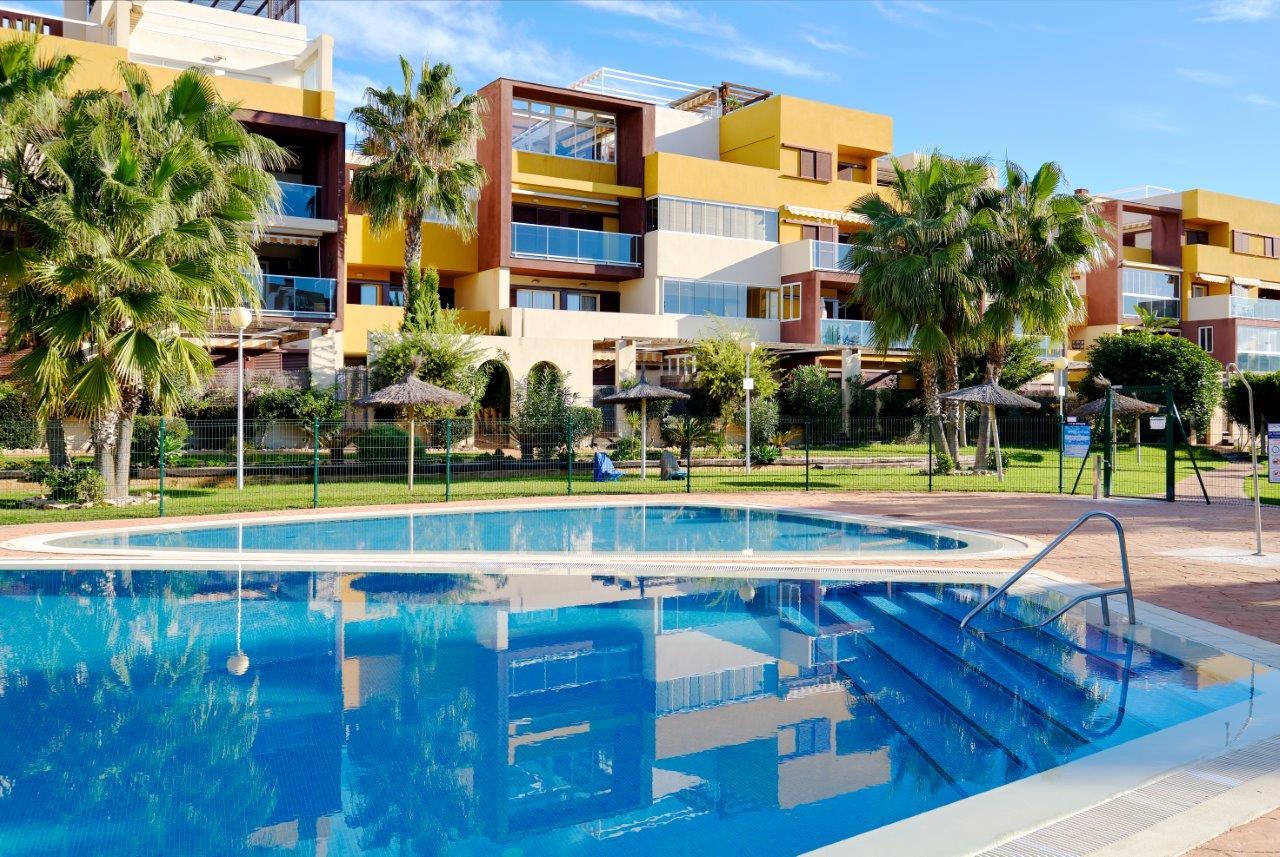 Huur een appartement in Playa Flamenca.
