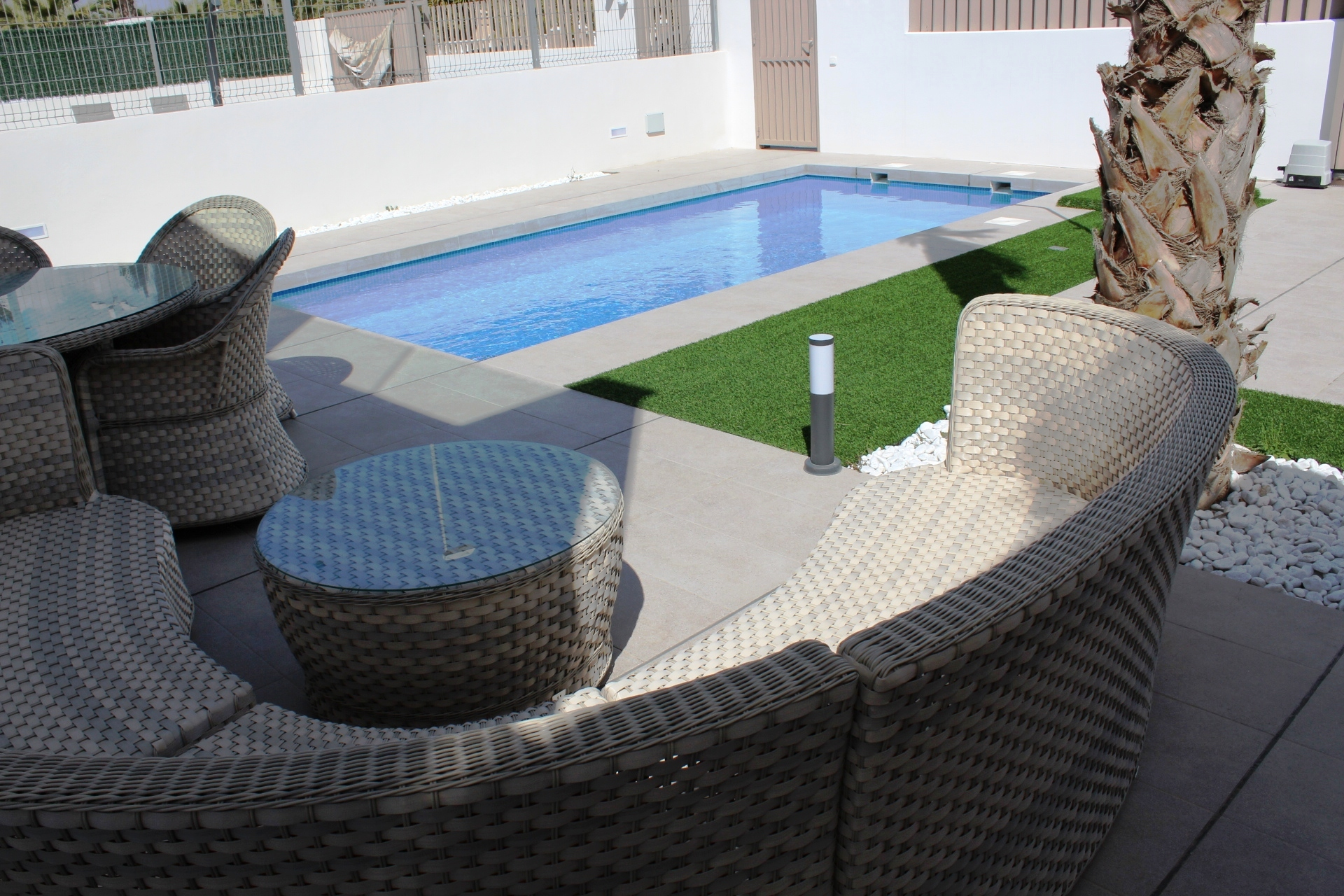 Rent a villa for your holiday in Guardamar.
